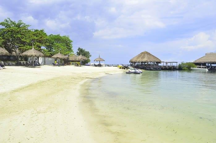 5 reasons tech companies cebu beaches