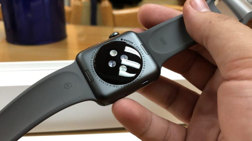 Apple Watch Series 3 - Setup and Hardware